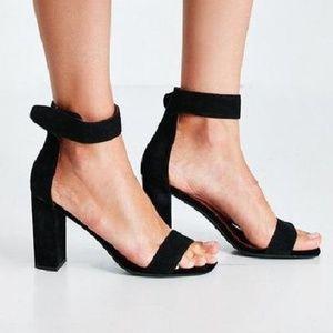 Jeffrey Campbell Holvey Black Heels Sandle 9.5